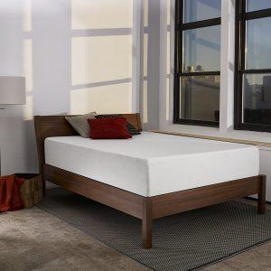 #5. Sleep innovations Shiloh memory foam mattress- Queen
