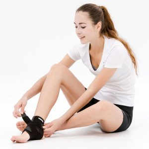 2. Bracoo Breathable Neoprene Ankle Support