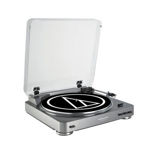 1. Audio-Technica AT-LP60 Turntable System (Silve