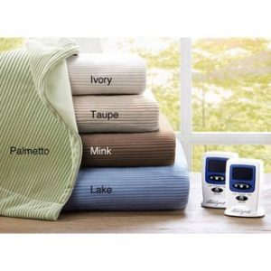 4. Ribbed Microfleece Heated Blanket