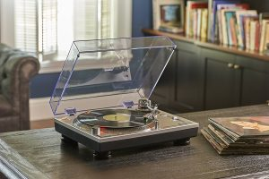 6. Audio-Technica AT-LP120-USB Direct Drive Record Player