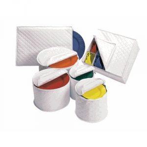 6. 6 Piece Tabletop Quilted Vinyl Dinnerware Storage Set