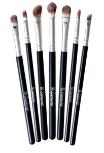 2. Makeup Eye Brush Set