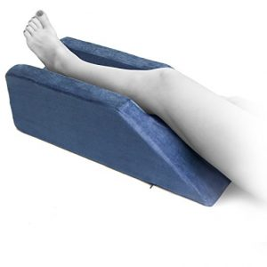 7. Milliard Foam Leg Elevator cushion Elevation Pillow
