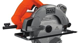 Black & Decker BDECS300C Circular Saw