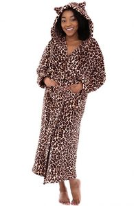 Alexander Del Rosa Women's Fleece Bathrobe