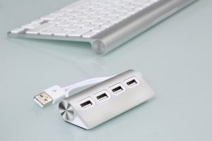 EpochAir Premium 4 Port Aluminum USB Hub