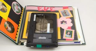 Doxie Flip Cordless Flatbed Photo and Notebook Scanner