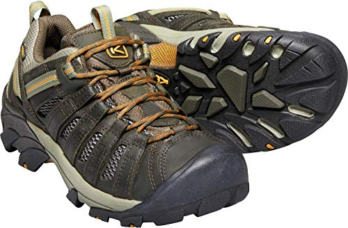 KEENS Men's Voyageur Hiking Shoe